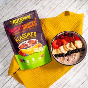 Gefriergetrocknete Früchte ohne Zusätze Smoothie Bowl Frühstück Erdbeeren Heidelbeeren Kirschen Bananen